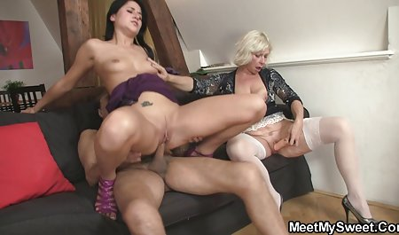lesbian menikmati foreplay orang hamil xxx romantis